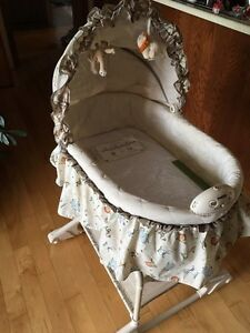 Simplicity multi-function Bassinet