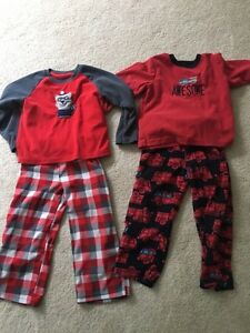 Carter's Fleece Size 4 Pj's