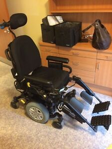 Power electric wheelchair with tilt
