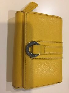 Leather Danier Wallet $20 Kingston Kingston Area image 1