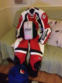 Full set leathers gloves helmet and boots bargain few months old