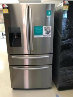 HISENSE 701L FRENCH DOOR FRIDGE WITH ICE MAKER ****9525
