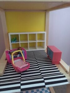 Hape Doll House and accessories  Cambridge Kitchener Area image 6