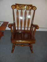 FOR SALE ; ANTIQUE ROCKING CHAIR