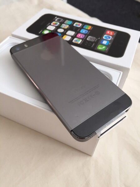 Brand new iPhone 5s 16gb 1 year apple warrantyin Leicester, LeicestershireGumtree - Brand new iPhone 5s 16gbBox open but not been used or switch onIts not been activated so you will have full 1 year apple warrenty Selling from shop with receipt
