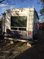 FOR SALE:  2005 Pilgrim International 5th Wheel Camper - $14,000
