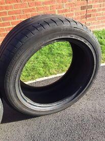 2 Dunlop tyre 255/45/18