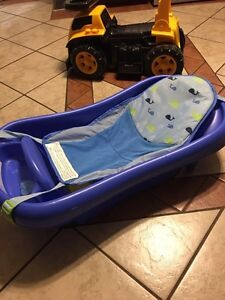 Barely used baby bath
