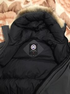 Canada goose grey chilliwack bomber large  West Island Greater Montréal image 3