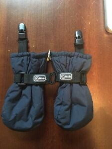 Calikids infant mitts