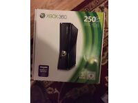 For Sale XBOX 360. 250GB. Bundle