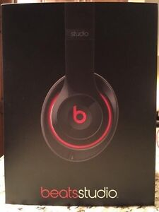 Beats Studio 2.0 **NEW in box!!  West Island Greater Montréal image 2