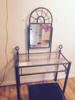 BRAND NEW GREAT DEAL WOMANS VANITY