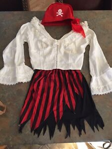 Sexy Ladies/teen size small pirate costume