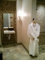 Luxury 5 Star Resort Style Property - Available: Aug - Dec