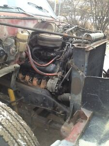 Parting out GMC 6500 Strathcona County Edmonton Area image 4