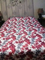 Beautiful Bed Spread Double/Queen DKNY