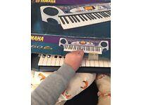 Yamaha PSR-160 electronic keyboard