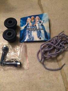 Size 9.5 woman's Britney Spears Skechers roller skates Kitchener / Waterloo Kitchener Area image 7
