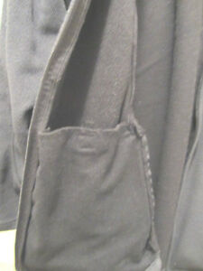 MONDETTA SPORT Jacket w/ inside pockets/ zipper outer pockets S North Shore Greater Vancouver Area image 3