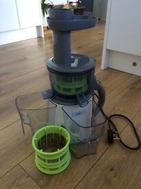 Cold press juicer by sensiohome