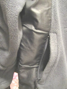 MONDETTA SPORT Jacket w/ inside pockets/ zipper outer pockets S North Shore Greater Vancouver Area image 4