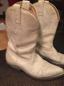 9dde8b8b979 Cowboy Boots | Buy New & Used Goods Near You! Find Everything from ...