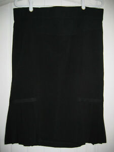 Black Skirt size med from Motherhood Maternity