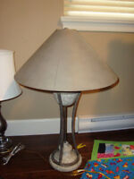 table lamp in excellent condition