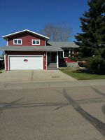 House for sale in Provost AB. Immediate possession!