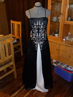 Prom Dress Formal Floor Length Size 8 Black and White Worn Once
