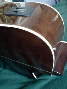 """""""HOHNER"""" LEFTHAND ACOUSTIC/ELECTRIC CUTAWAY GUITAR with SOFTCASE West Island Greater Montréal image 4"""