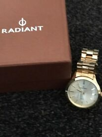 Radiant Men's Gold Watch