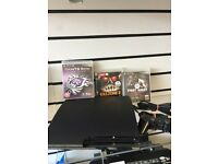 Ps3 slim 160 gb 3 games mint condition