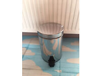 Brand new quality small stainless steel bin, bargain at only £5, no time wasters please