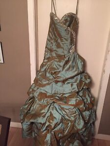REDUCED: teal greenish Mori lee prom dress  Prince George British Columbia image 6