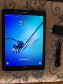 Samsung Galaxy Tab S2 SM-T815Y smash screen factory seconds