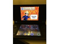 NINTENDO DSI XL & GAMES, COVER & CHARGER