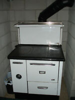 Vintage wood/coal oven-stove