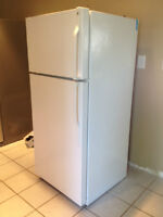 GE Refrigerator.  Runs Great. In Excellent condition