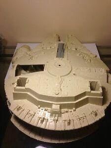 """1980's Star Wars """"Millienium Falcon"""" Regina Regina Area image 3"""