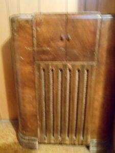 RCA Victor Globetrotter antique radio - Price Reduced!! Regina Regina Area image 5