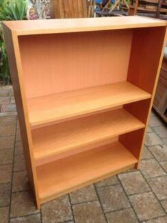 Small Timber Veneer Bookcase Beckenham Gosnells Area Preview