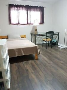 3 Month Summer Sublet (Jun to August) near McMaster University