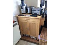 Kitchen storage unit with worktop