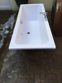 White bath , ceramic sink, vanity Mirrow