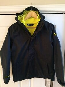 Under Armour Boys Winter Coat, size L, new with tags