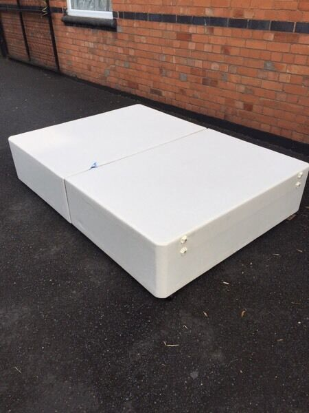"Divan bed base 4ft 6in Droitwich, WorcestershireGumtree - Divan bed base for a 4ft 6"" mattress in very good condition £25Can deliver local for small charge"