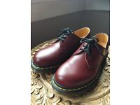 AS NEW - size 4 Doc Martens