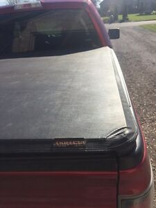 Extange trifold tonneau cover.  London Ontario image 1